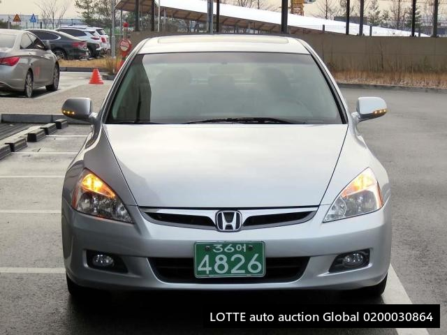 2006 HONDA ACCORD (Left Hand Drive)