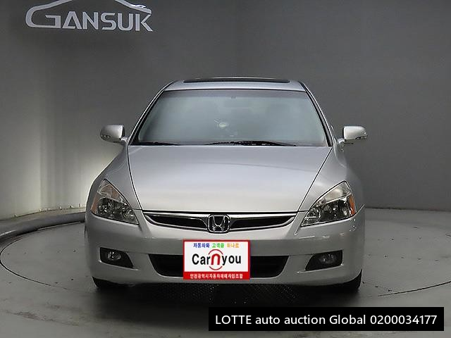 2007 HONDA ACCORD (Left Hand Drive)