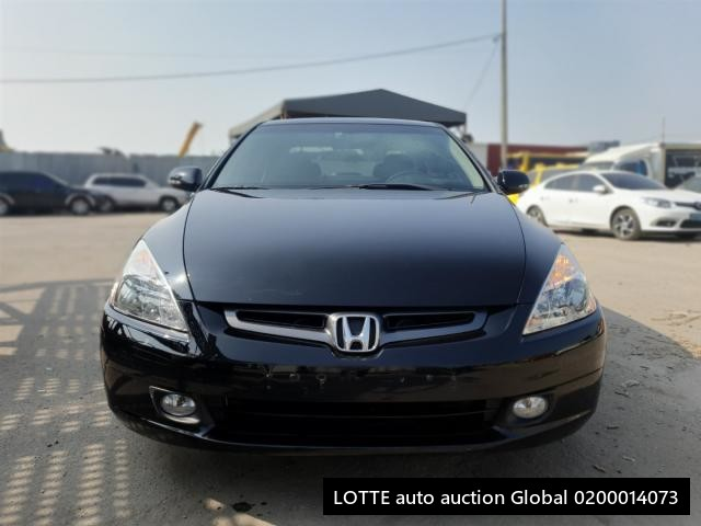 2005 HONDA ACCORD (Left Hand Drive)