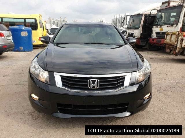 2010 HONDA ACCORD (Left Hand Drive)